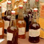 apple cider vinegar in bottles