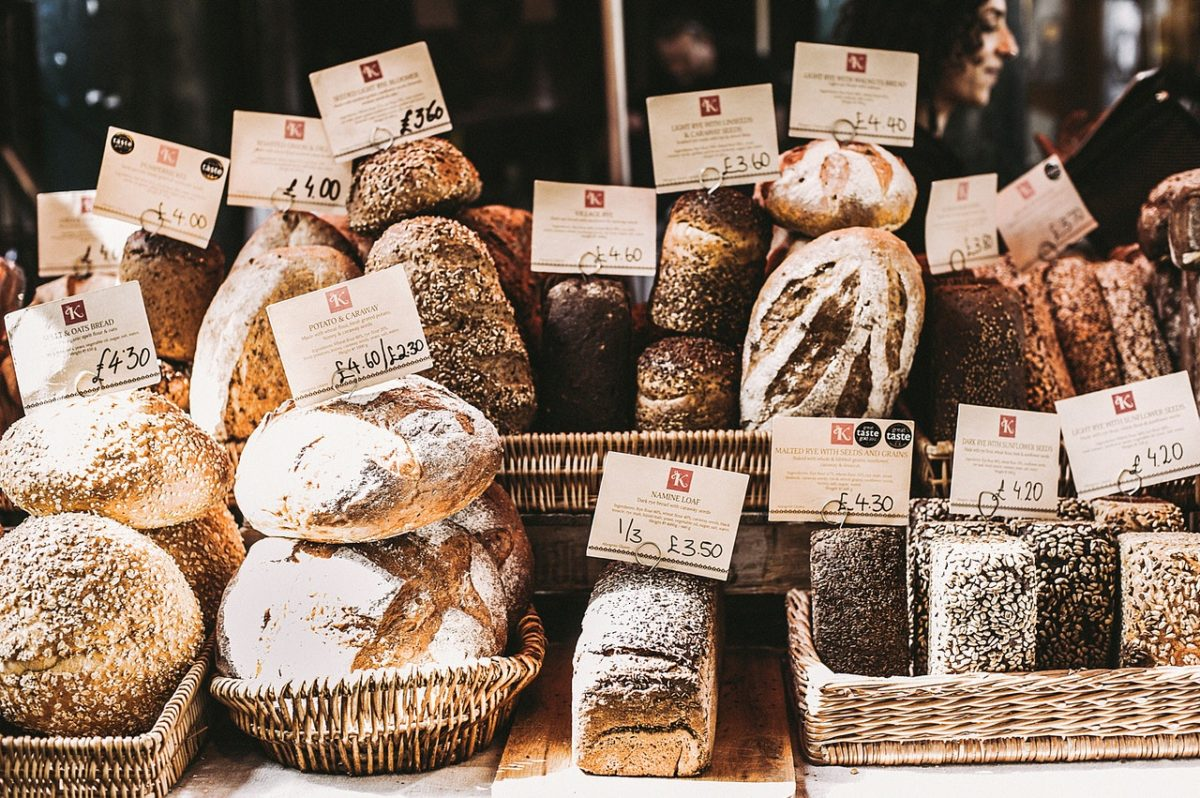 types of bread on shelves