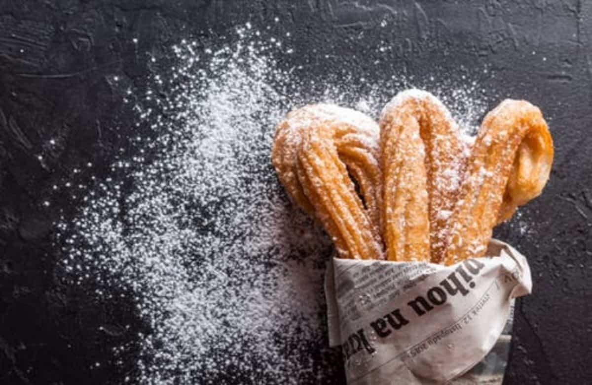 powdered erythritol on churros