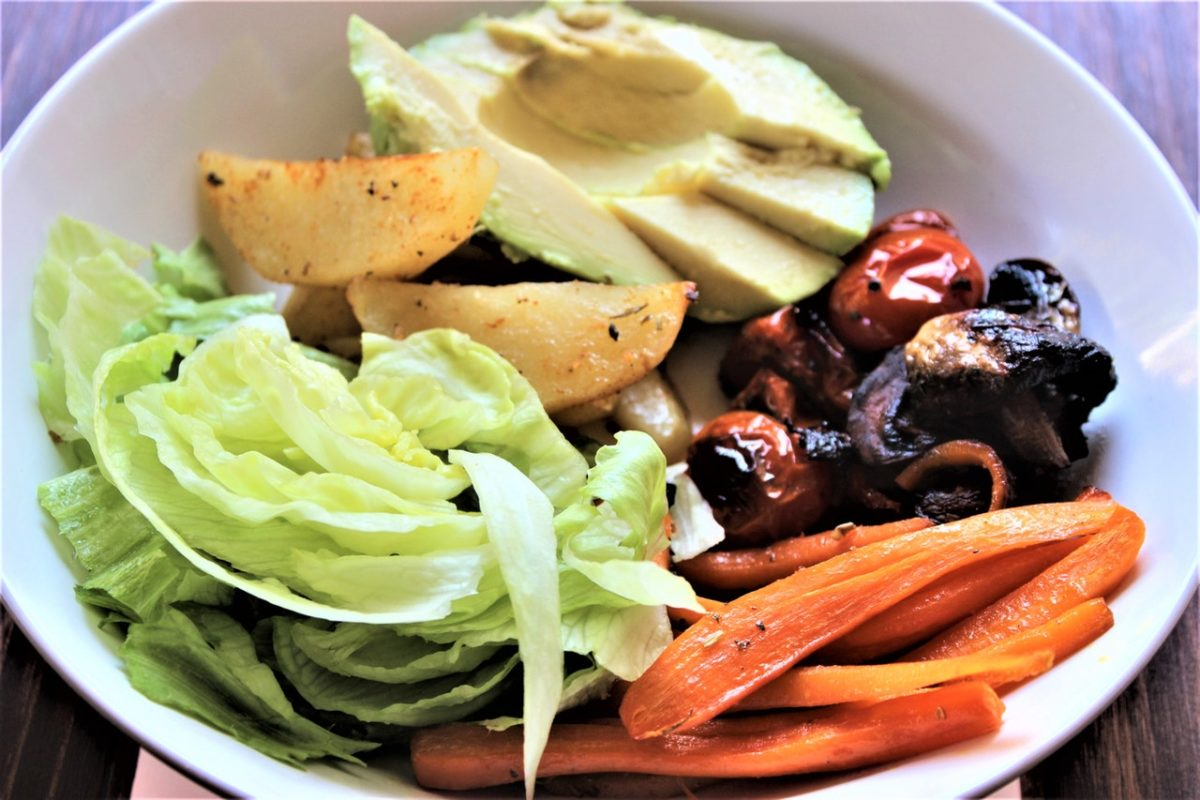 30 Appetizing Soup And Salad Lunch Ideas