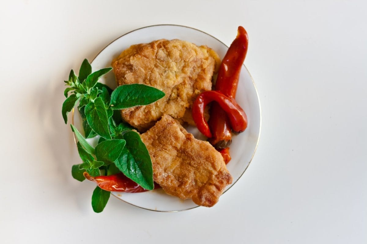 plated fried fish