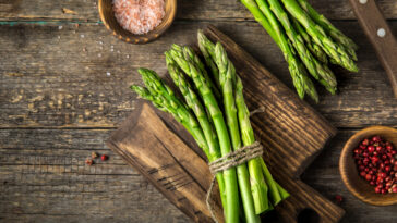 how-to-steam-asparagus-in-the-microwave