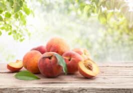 peel-peaches