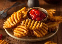how-to-make-waffle-fries