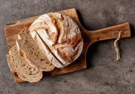 soften-stale-bread