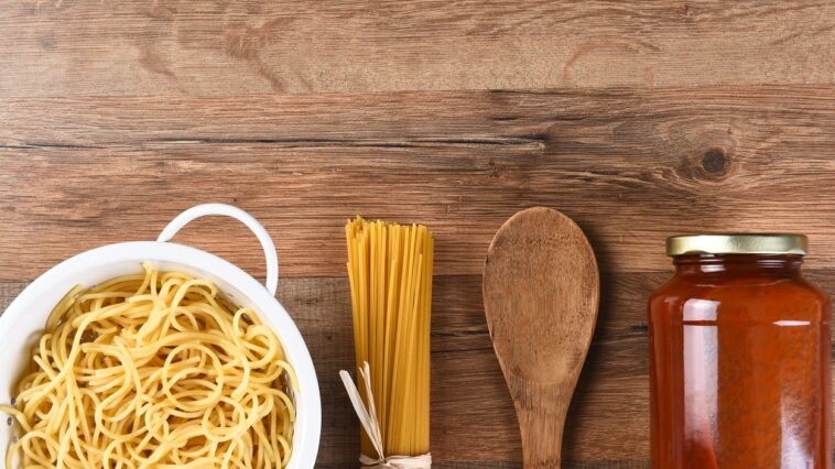 pasta sauce from jar