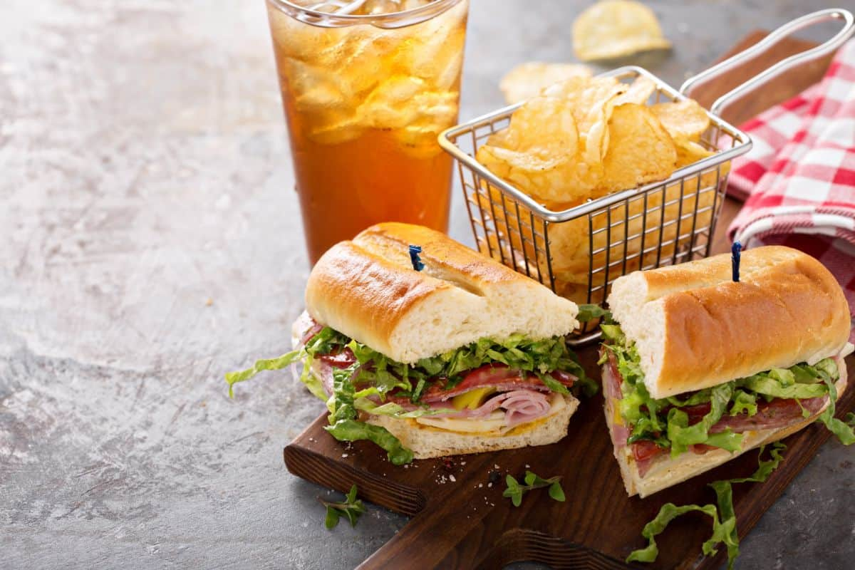 Italian sub with chips and iced tea